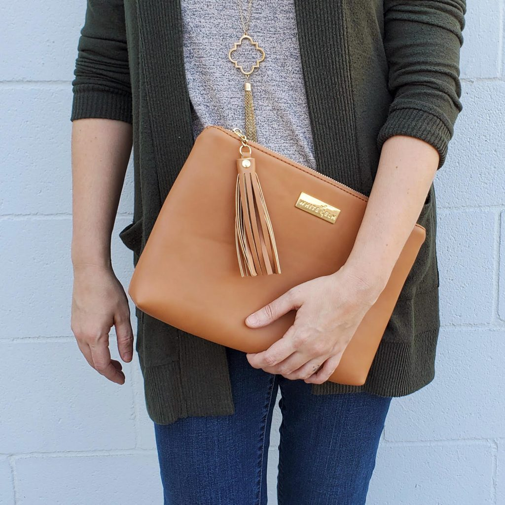 White Elm brown clutch